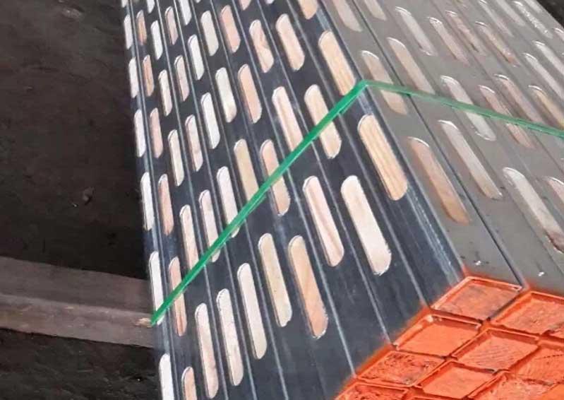 建筑材料-钢木龙骨新型模板支撑产品