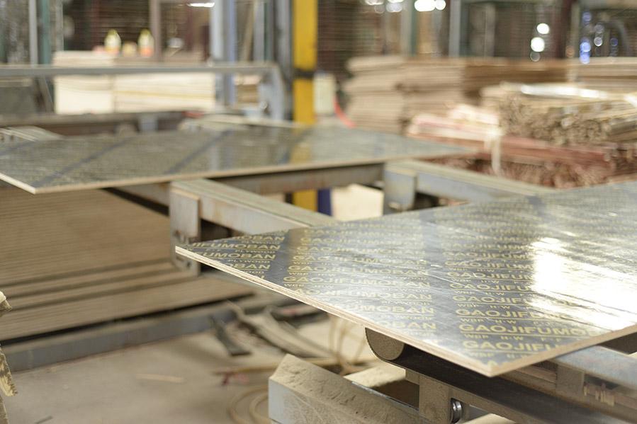 广西覆膜板厂家供应36尺模板
