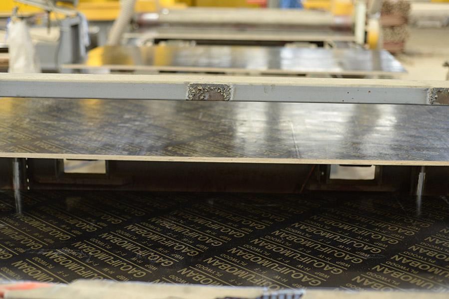 广西南宁覆膜板  48尺覆膜板