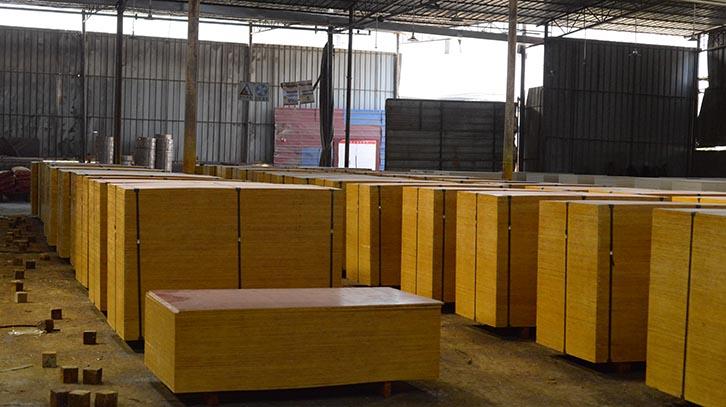 建筑铁红面施工专用建筑模板