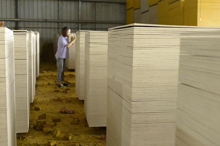 广西建筑模板桉木1.1材料好